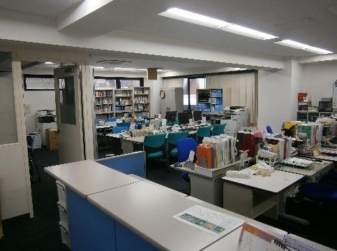 教員室(3F)